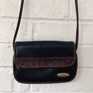 petite leather handbag!